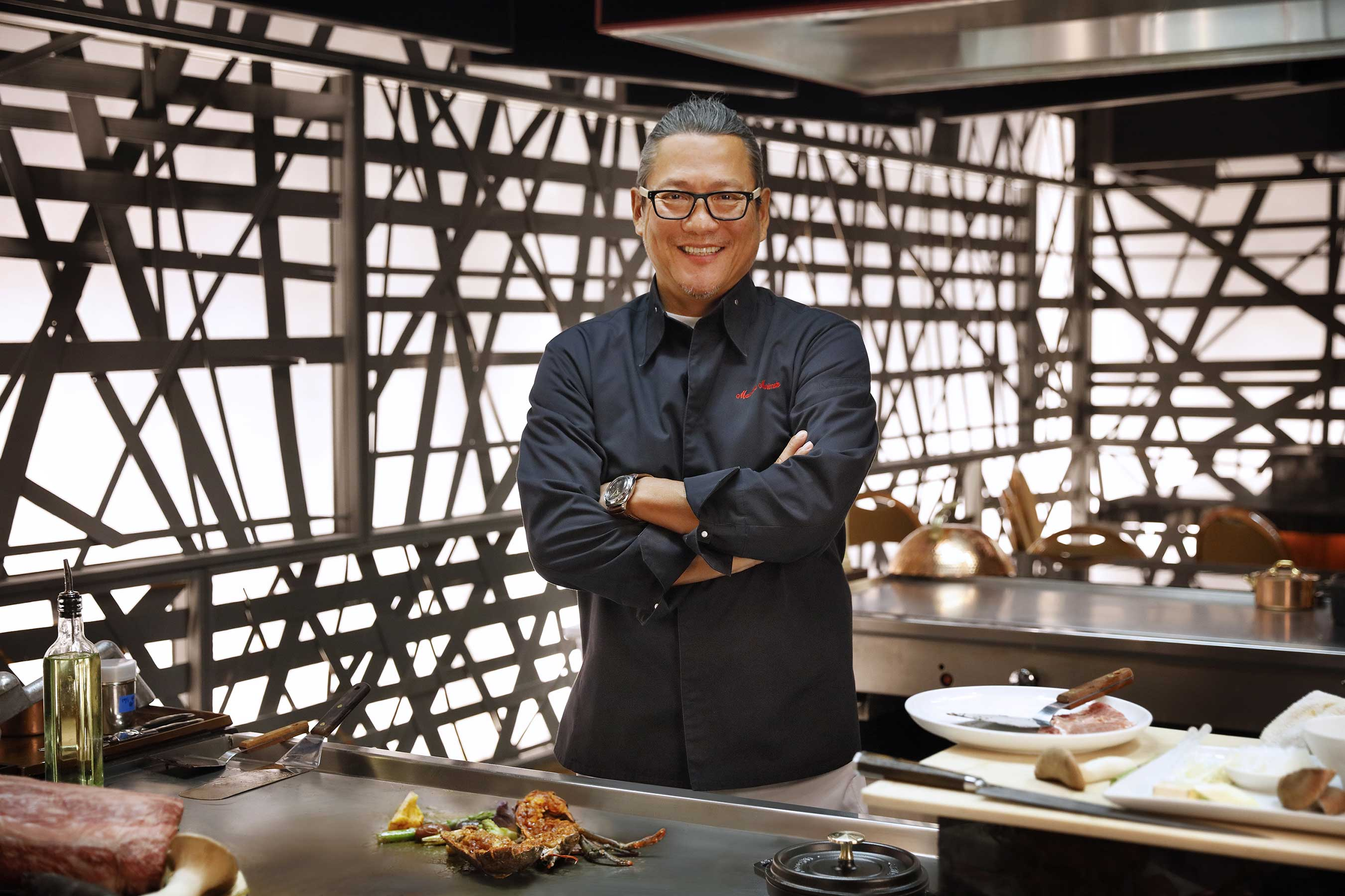 chef-morimoto-at-the-teppan-tables-5-hr