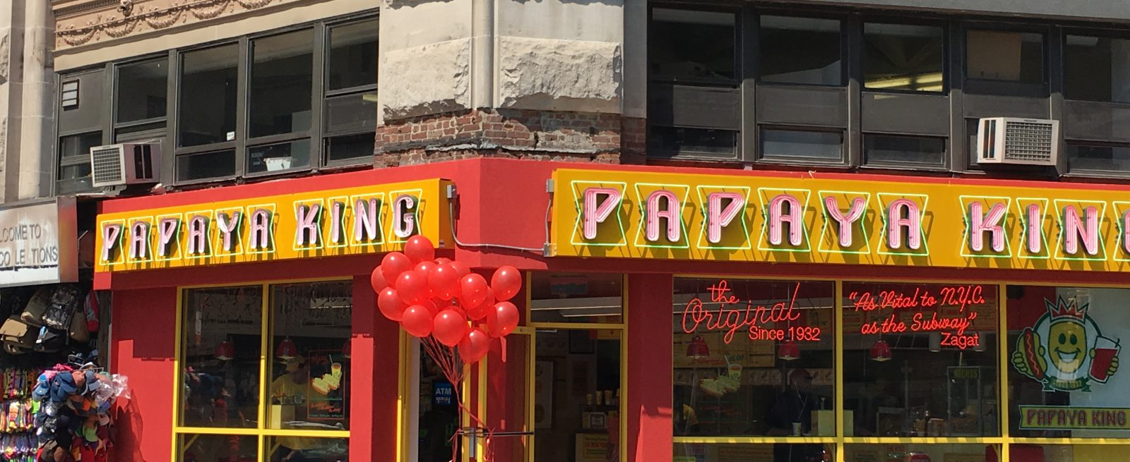 MRM Franchise Feed: Papaya King Franchising, Carl's Jr  in