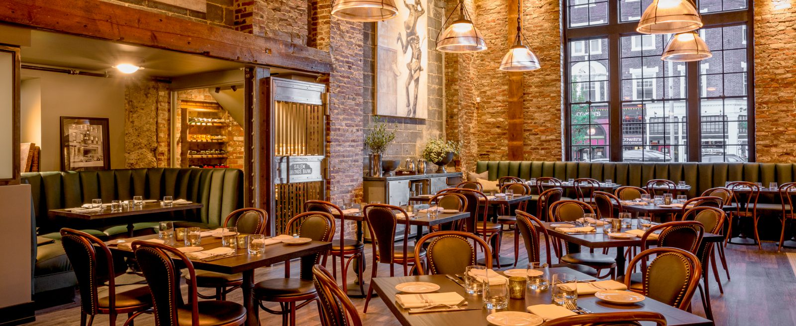 Case Study The Floor Really Pulls The Room Together Modern Restaurant Management The Business Of Eating Restaurant Management News