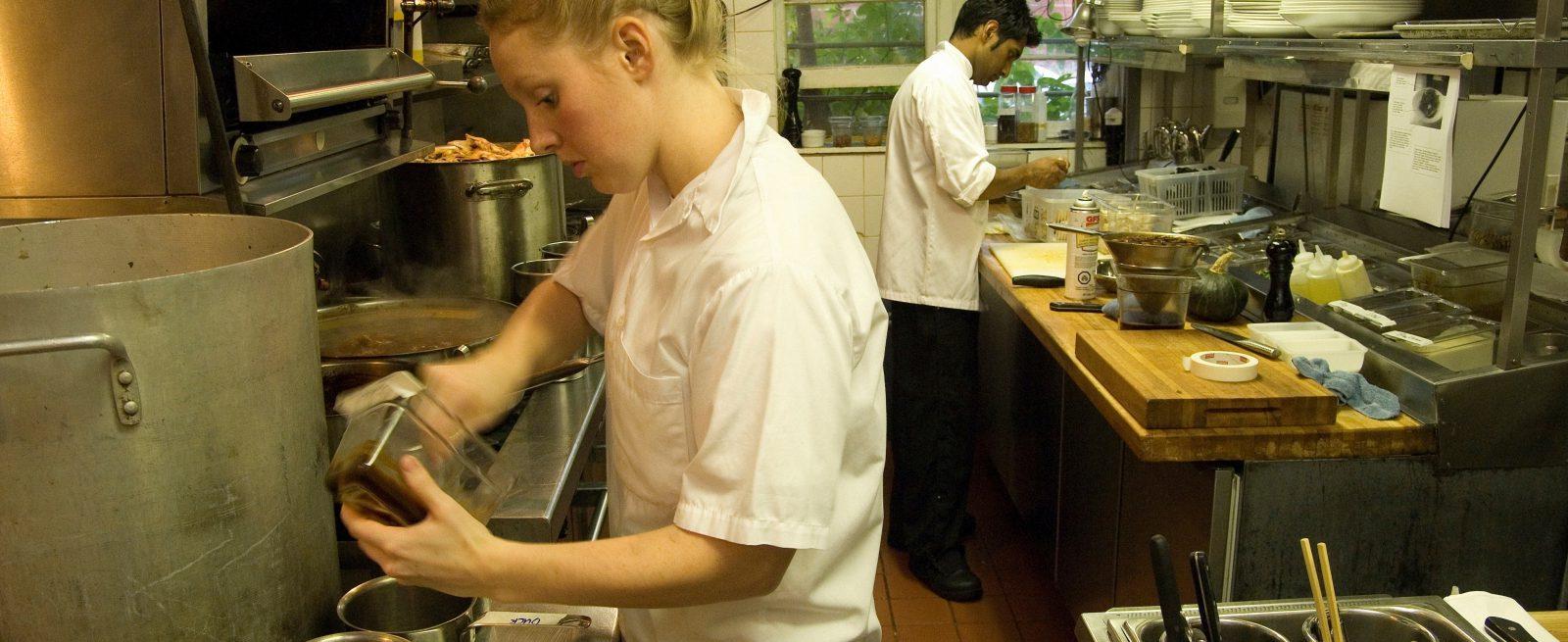 Anatomy of a Foodborne Illness Epidemic | Modern Restaurant ...