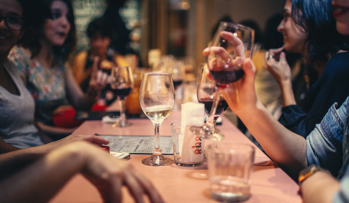 PayattheTable Seven Things Restaurants Need To Consider Modern - Pay at the table restaurant